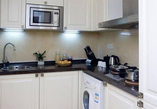 山水广场(山水铂宫)公寓厨房