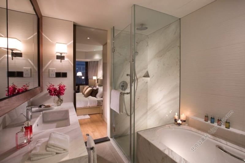 北京嘉里中心公寓2brd-bathroom
