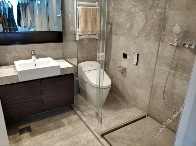 尊悦光华服务公寓浴室